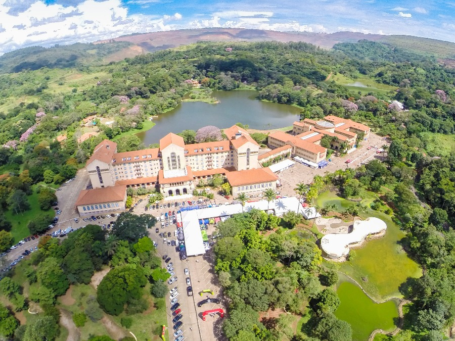 Araxá é uma das cidades do interior de Minas Gerais com a rede hoteleira mais bem desenvolvida. Na foto, o Grande Hotel Araxá