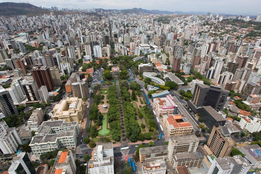 Belo Horizonte é a segunda principal cidade brasileira atendida pela Buser. Foto aérea da cidade